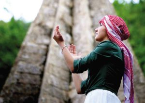 Êzîdîn betet im Heiligtum Lalish (getty)